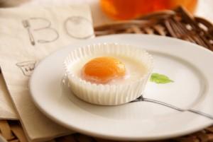 おかしな目玉焼き(杏と杏仁豆腐)