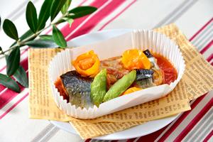 秋刀魚のトマトチーズソース