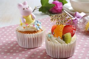 お誕生日カップケーキ